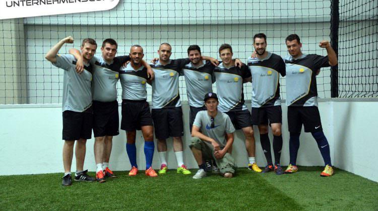 ibeko soccer Team auf dem Unternehmenscup in München